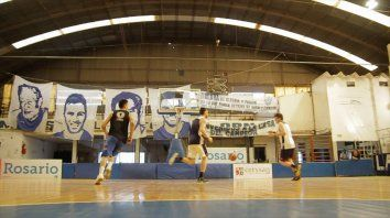 atalaya, el azul de republica de la sexta que respira basquet