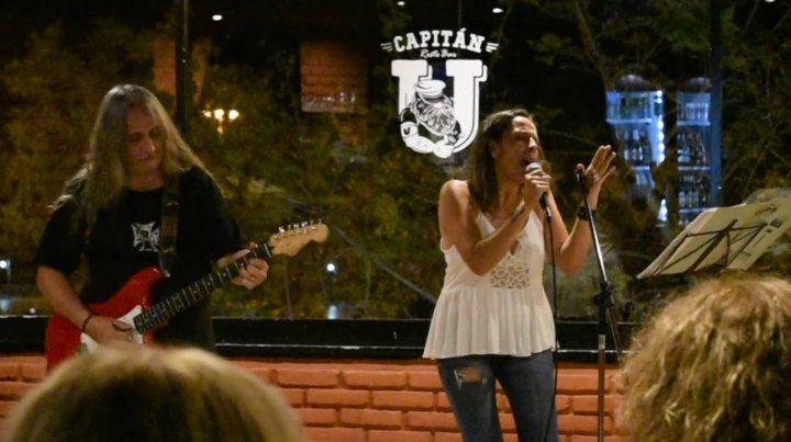 Marcelo Arce y Cintia Olmos, a todo blues