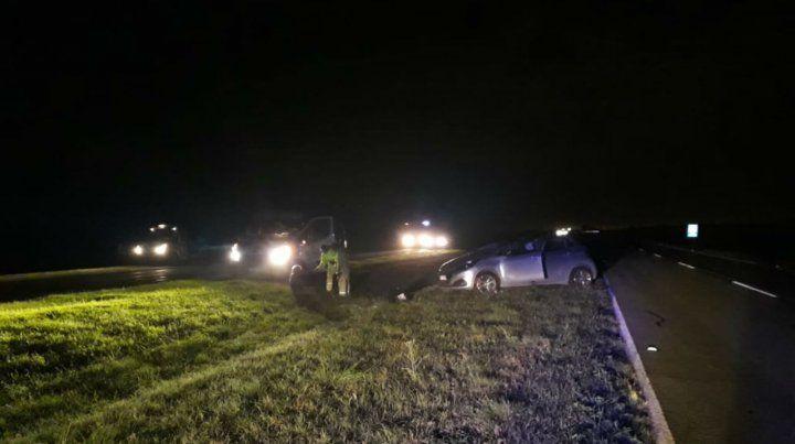 Barraguirre volcó con su auto esta noche en la autopista Rosario - Santa Fe