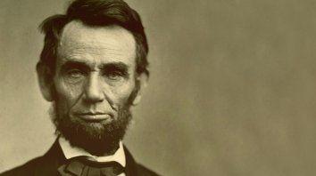 Pionero. Abraham Lincoln hablaba del gobierno del pueblo, por el pueblo y para el pueblo.