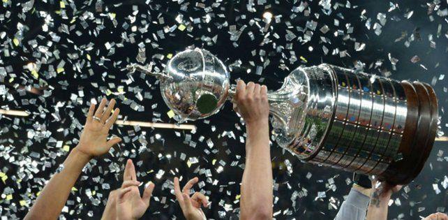 Como en Europa. La Libertadores al igual que la Champions llega a la red social.