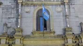 Hace una semana salió a la luz la denuncia por acoso contra un docente de la escuela La Salle y ahora se suman más testimonios.