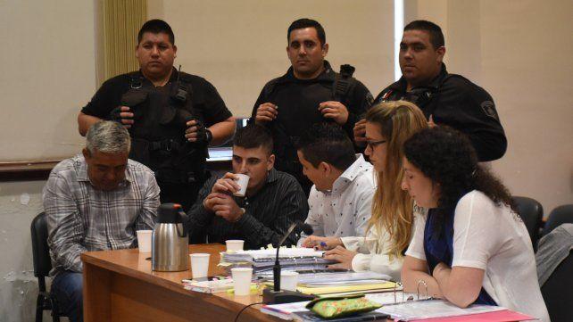 En octubre de 2014 Edgardo Giménez fue asesinado en su negocio familiar durante un asalto en el que murió un ladrón.