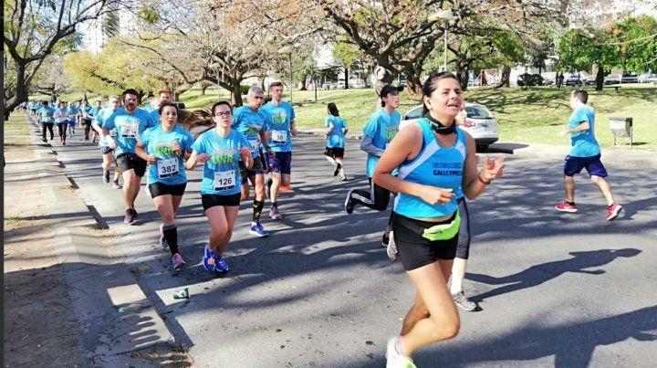 Una multitud participó del maratón por los 50 años de la UNR
