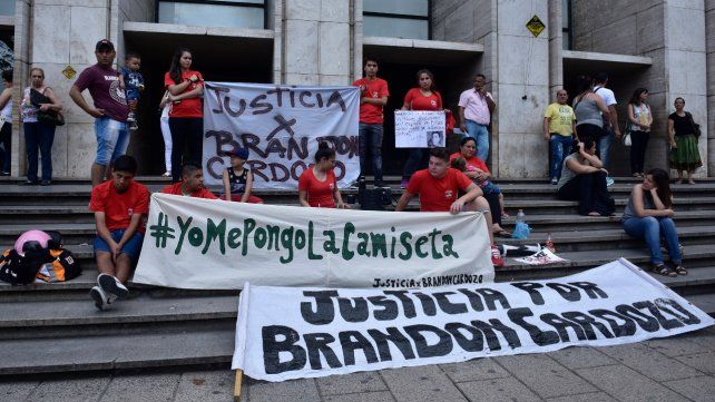 Reclamo. Familiares y allegados a Brandon se manifestarán también hoy.
