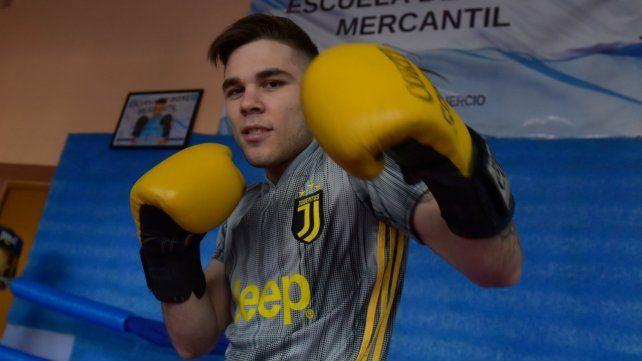 Guanteo. El flamante campeón santafesino amateur Isaías Spinelli tiene 20 años y quiere ser campeón nacional.