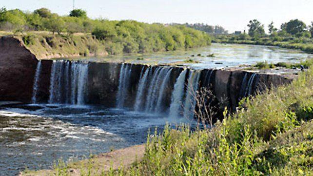 Piden agilizar obras de estabilización en la cascada del Saladillo