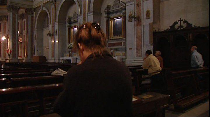 Católicos piden suavizar la postura sobre los gays