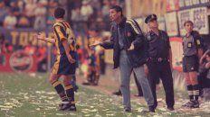 En la Boca. Bauza y una postal del único partido que logró empatarle al elenco xeneize siendo DT canalla. Fue en 2000.