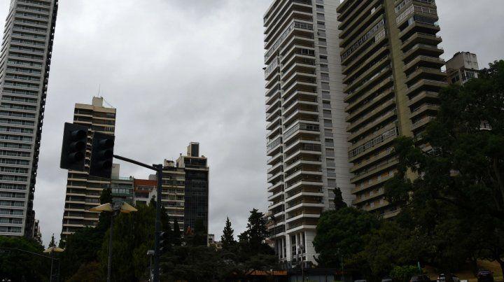 Jueves fresco por la mañana y con anuncios de lluvias aisladas