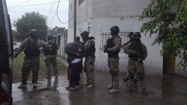 Cinco detenidos en una serie de allanamientos por los ataques a funcionarios judiciales