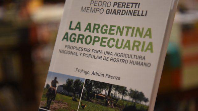 En Rosario. Giardinelli y Peretti presentaron su libro en Homo Sapiens.