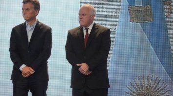 Tensión. El presidente Mauricio Macri y el gobernador Miguel Lifschitz mantienen una relación distante que dificulta los acuerdos políticos