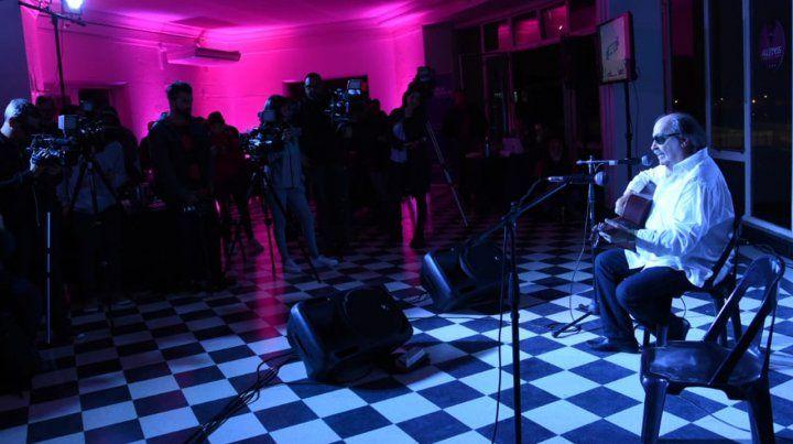 Lito Nebbia recibió la declaración de Rosario como Cuna del Rock Argentino