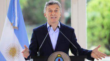 Macri anunció un tope al UVA y una ley para proteger a inquilinos
