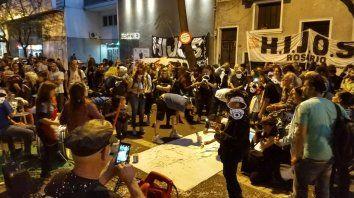 La agrupación Hijos escrachó al represor Manuel Cunha Ferré
