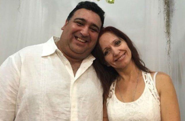 Tiempos felices. Musmanno y su esposa en una foto subida a Facebook. El fue detenido y deportado.