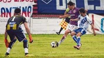Gol y triunfo. Alfredo Trejo anotó ante Victoriano y los charrúas se alzaron con tres puntos valiosos para seguir creciendo.