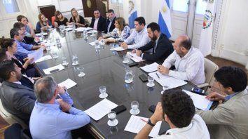 Diálogo abierto. El miércoles pasado, la intendenta Mónica Fein convocó a los concejales al Palacio de los Leones.