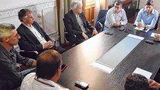 Encuentro. El ministro de Seguridad de la provincia, Maximiliano Pullaro, se reunió hace días con los dirigentes de los clubes.