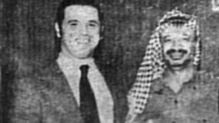 Mario Eduardo Firmenich y Yasser Arafat.