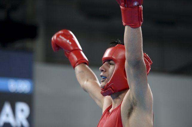 Arregui, el boxeador que usa la mitad de su beca para construir su casa y logró el oro para Argentina