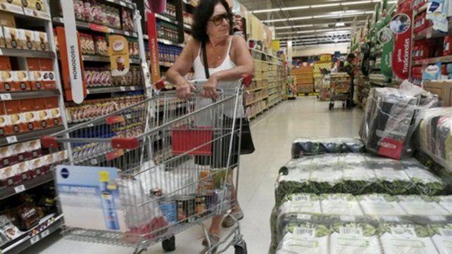 Góndolas. Los alimentos subieron 7% en septiembre y 35
