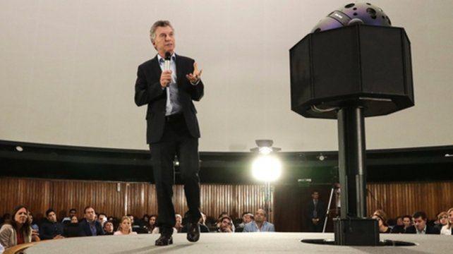 Macri pidió ayer a los docentes tirar todos juntos del carro.