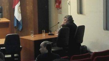 Al banquillo. El reconocido abogado penalista Antonio Di Benedetto, uno de las 14 personas imputadas ayer.