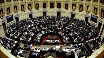Presupuesto: el oficialismo logró el dictamen al paquete fiscal