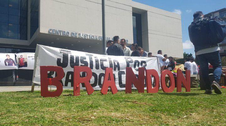 Veinte años de prisión para un policía que asesinó a un chico durante una fiesta en zona sur