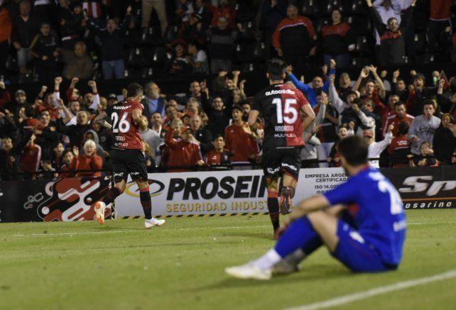 Newells fue superior y volvió al triunfo con una buena actuación ante Tigre