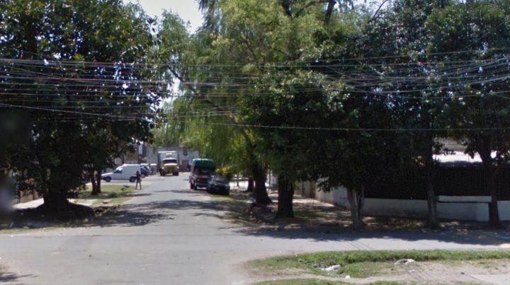 El ataque ocurrió en Biedma y Beruti. La víctima recibió al menos un disparo en la zona abdominal.