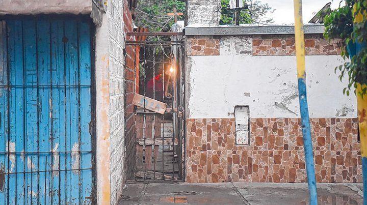 Chacabuco al 3900. Jerónimo Escobar murió el domingo en el lugar. Hernán Duartes falleció en el Heca ayer.