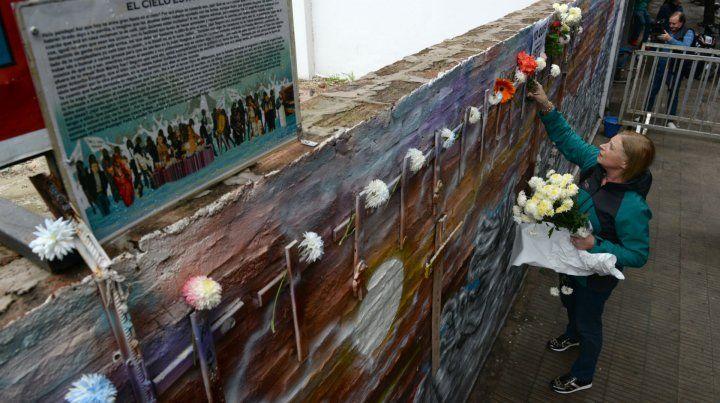 Ofrenda en memoria de las víctimas.