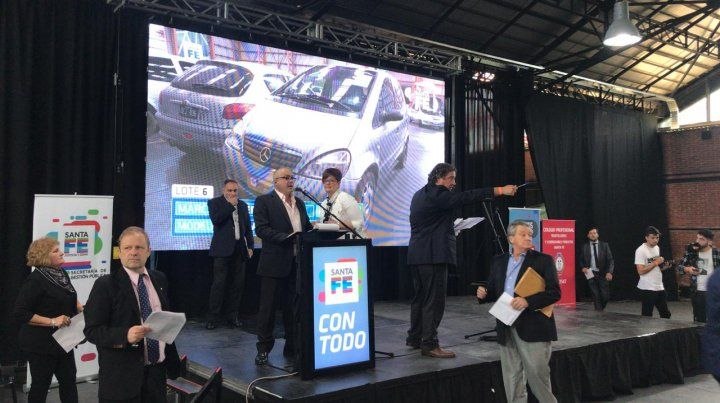 La provincia subastó autos incautados a bandas delictivas y recaudó 4 millones de pesos