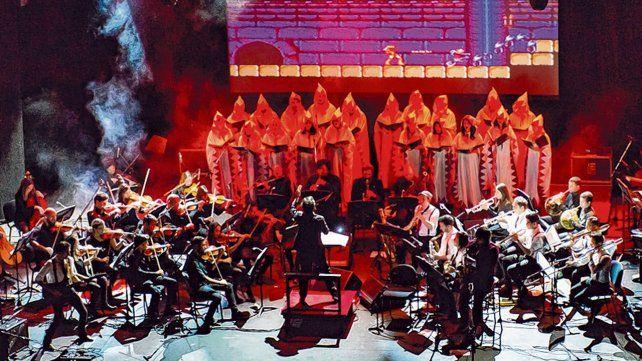 Formación. Power Up está integrada por una treintena de músicos profesionales y dos cantantes.