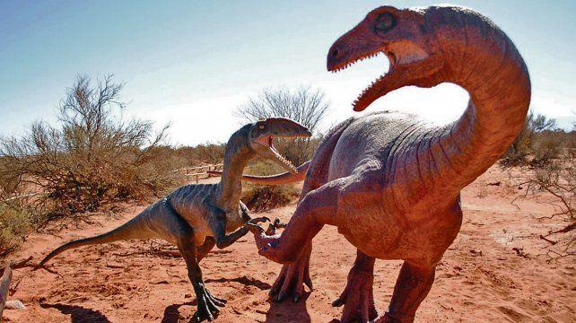 Como en Jurassic Park. En varios sectores del recorrido se pueden apreciar réplicas de los dinosaurios que vivieron en el Jurásico.