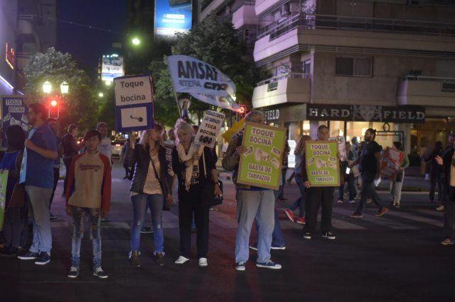 El ruidazo por la suba de tarifas se escuchó muy fuerte en Rosario