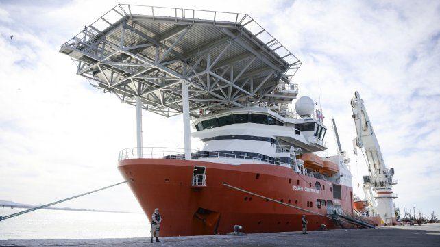 Alta embarcación. El Seabed Constructor en una postal de setiembre