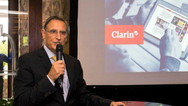 Apuesta. Héctor Aranda durante la asamblea de la SIP en Salta.