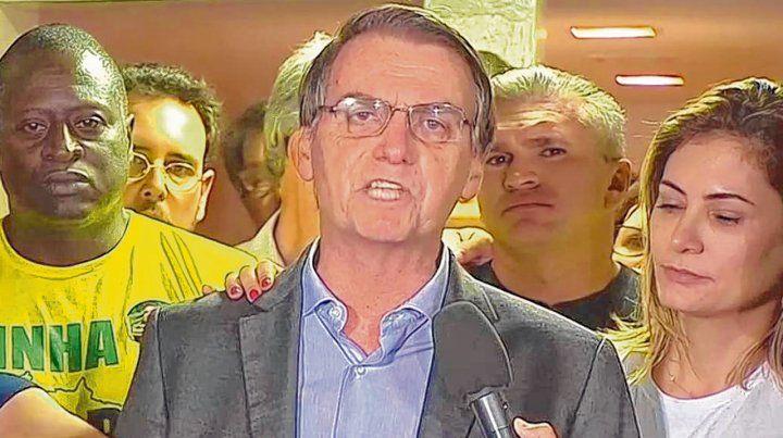 Victoria. Bolsonaro se comunicó por video desde su casa. Aún está convaleciente de la herida que sufrió.