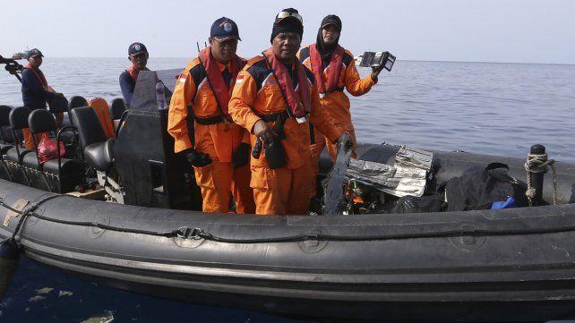 Un avión con 189 pasajeros se estrelló en el mar de Indonesia