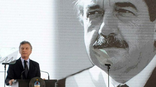 Macri rindió homenaje a Alfonsín en la Rosada