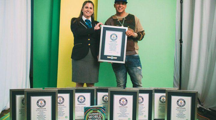 Daddy Yankee recibió diez récords Guinness en Miami
