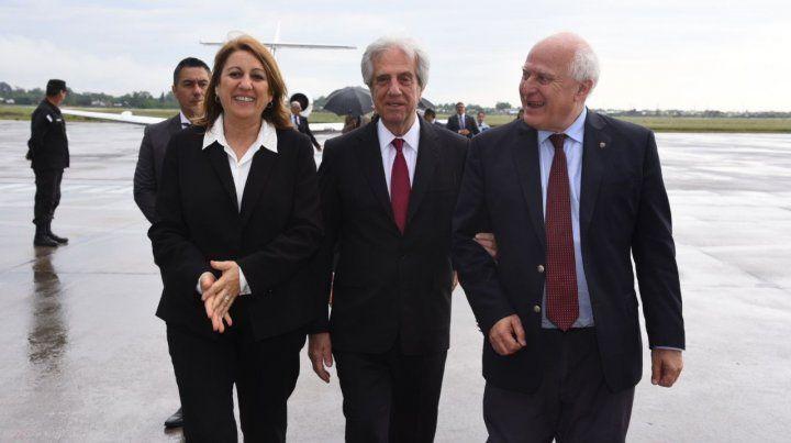 El presidente de Uruguay Tabaré Vázquez llegó a Rosario y fue recibido por el gobernador Lifschitz