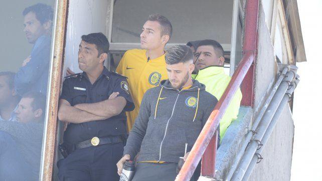 Marco Ruben espía el partido desde el palco.