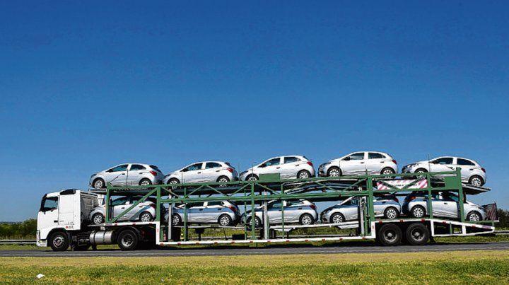 Freno. La profunda recesión económica hizo caer la compra de vehículos.