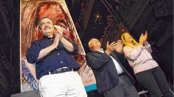 Progresistas. Ricardo Alfonsín, Lifschitz y Stolbizer, figuras centrales ayer en un acto en Buenos Aires.