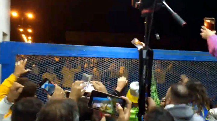 La gente recibió a Central a la noche en Arroyo Seco